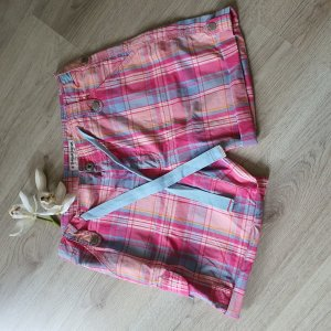 Kurze Sommer Shorts von Think Pink