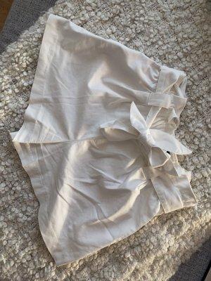 kurze Stoffhose von Zara