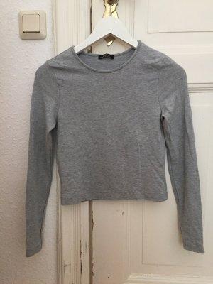 kurzer basic Pullover von Zara