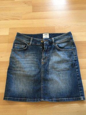 Kurzer Jeansrock - coole Waschung