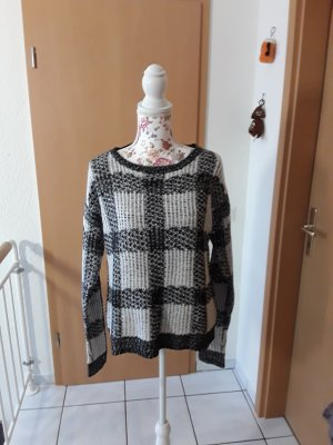 Rainbow Crewneck Sweater white-black