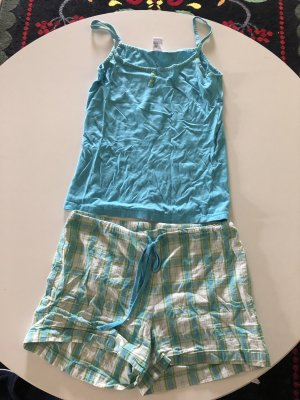 Kurzer Pyjama