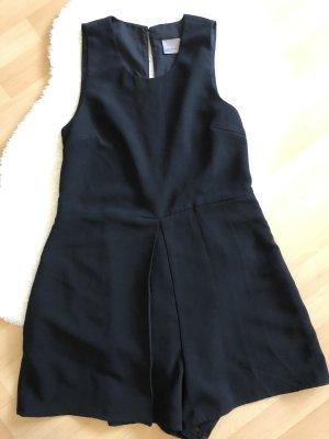 Kurzer schwarzer Jumpsuit von Vero Moda