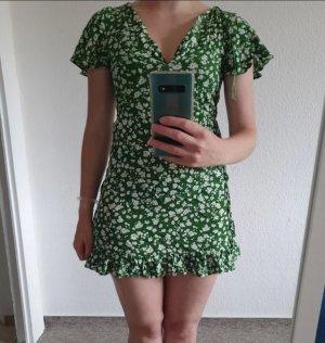 Pull & Bear Peplum Dress white-green