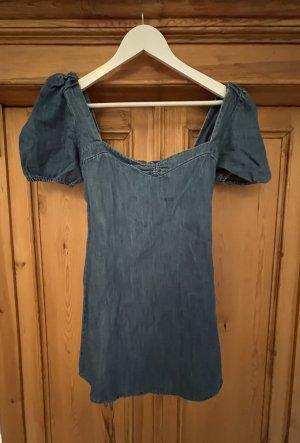 Kurzes Jeanskleid von Zara, Gr. 36