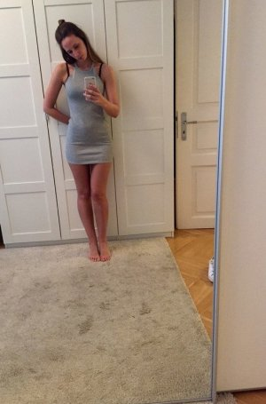 kurzes Kleid in grau