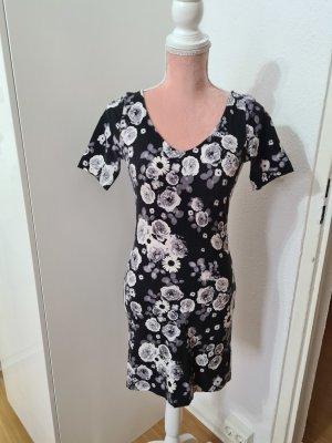 kurzes Kleid mit Blumenmuster von H&M