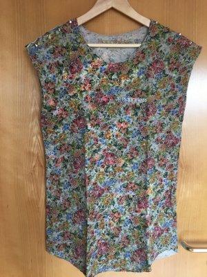 Kurzes Kleid mit Nieten