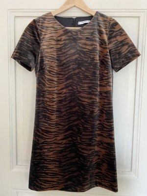 Kurzes Kleid mit Tigerprint