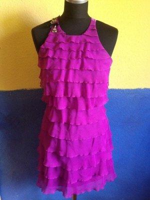 Kurzes Kleid, Rüschen, rückenfrei, Satin-Look, River-Island, lila, Gr. 34