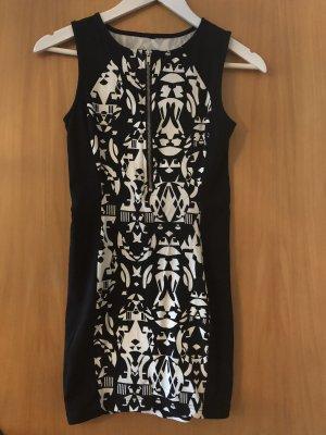 Kurzes Kleid schwarz/weiß