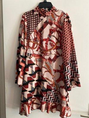 Kurzes Kleid Zara