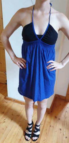 kurzes lüftiges Kleid