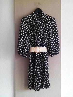 kurzes Plissee-Kleid mit Schleife und Gürtel, Grösse L, neu