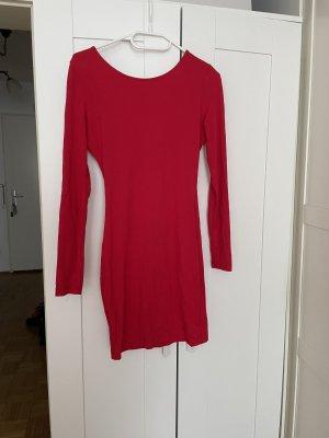 Kurzes rotes Kleid