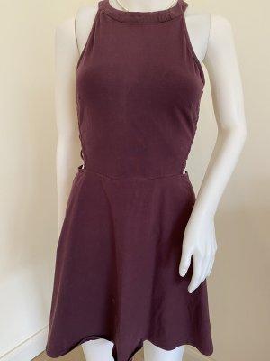 kurzes schönes Kleid