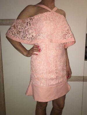 kurzes schulterfreies Kleid mit Spitze