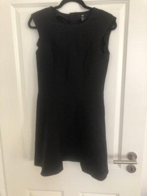 Kurzes schwarzes A-Linien Kleid *neu*