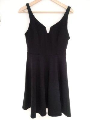 """Kurzes Schwarzes Kleid """"das kleine schwarze"""""""