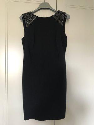 Kurzes Schwarzes Kleid Gr. L