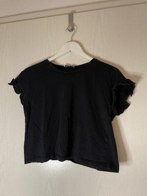 Kurzes Shirt mit Volantärmeln