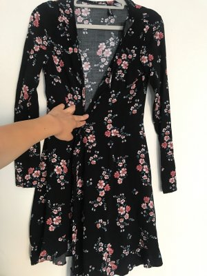 Kurzes Sommerkleid Blumen