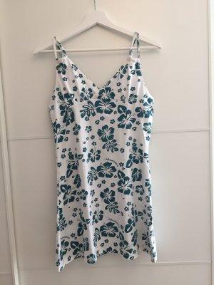 Kurzes Sommerkleid mit Blumenprint