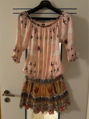 Kurzes Sommerkleid mit Carmen-Ausschnitt Mala Alisha