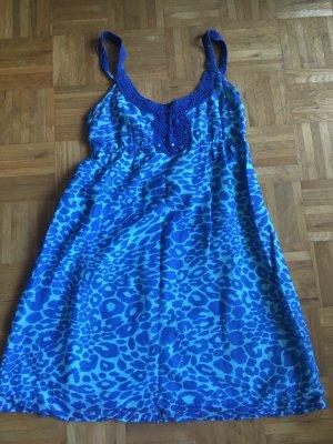 Kurzes Sommerkleid von Hallhuber