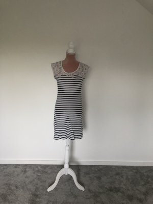 Kurzes Sommerkleid von Soyaconcept - S -