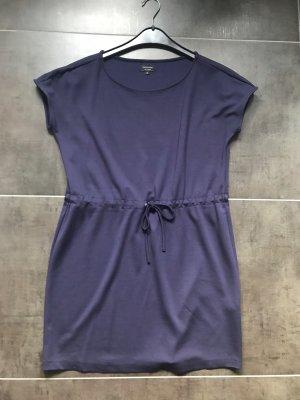 Kurzes sportliches Kleid reserved Gr. 38