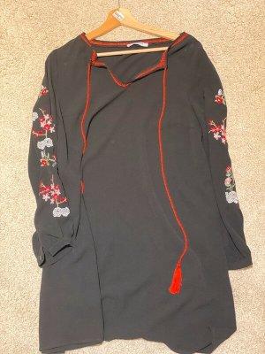 Vestito da spiaggia nero-rosso mattone