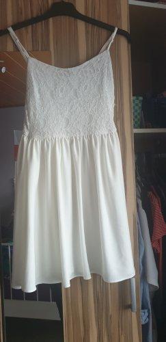 kurzes Süßes figurbetontes Kleid