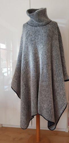 Icewear Poncho en tricot gris
