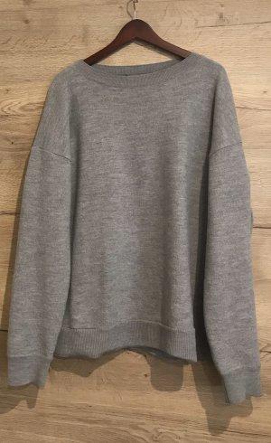 Kuschelige Pullover von COS 44-46