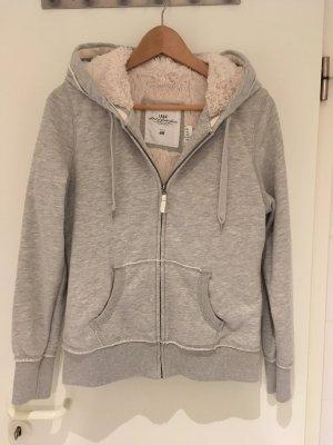 Kuschelige Sweatshirt-Jacke von H&M in Größe 38 (L)