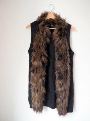 Kuschelige Weste in klassischem Schwarz von H&M mit Kunst-Fell-Kragen in Braun