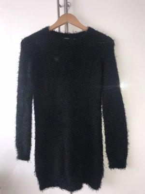 Kuscheliger Pullover in schwarz