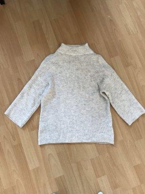 Kuscheliger Pullover mit Kragen Rollkragen