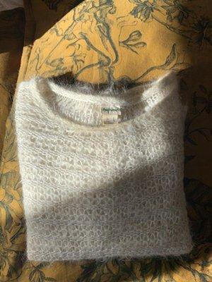 Kuscheliger Pullover von hessnatur.