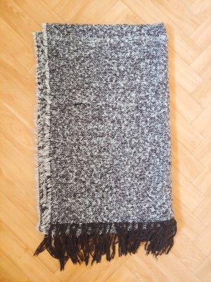 Kuscheliger Schal, Monki, 200x60 cm