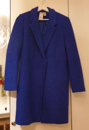 kuscheliger strahlend blauer Forever21 Mantel