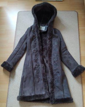 Orsay Manteau en fausse fourrure brun foncé-brun noir polyester