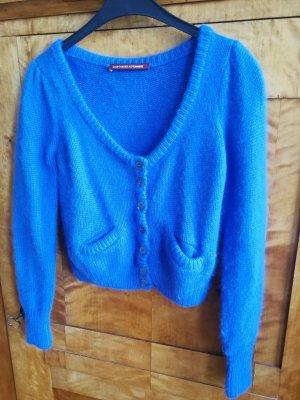 Kuschlige blaue Kurz-Strickjacke von Comptoir des Cotonniers