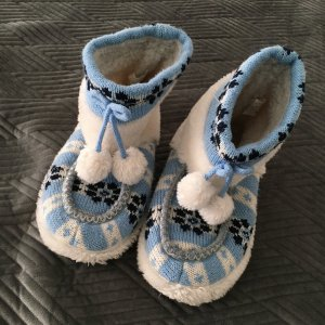 Huislaarzen wit-korenblauw Polyester