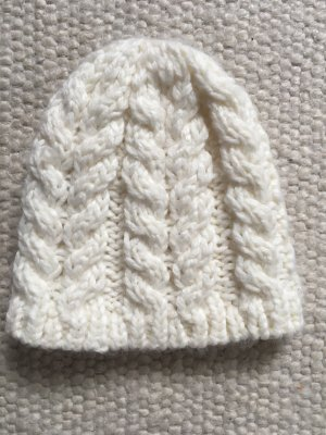 H&M Divided Knitted Hat natural white