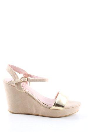 Kylie Crazy Shoes Wedges Sandaletten