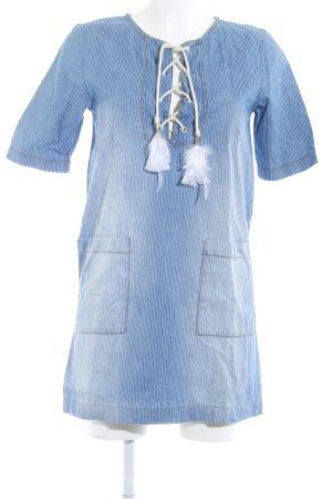 la fée maraboutée Hemdblusenkleid himmelblau-weiß Streifenmuster