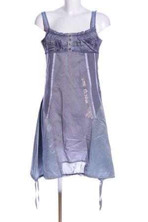 la mode est à vous Cargokleid lila-hellgrau Schriftzug gedruckt Casual-Look