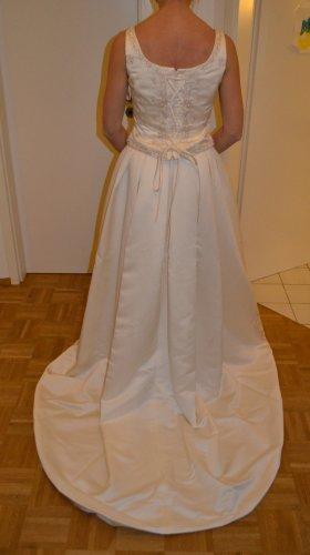 LA SPOSA Abito da sposa crema-bianco sporco